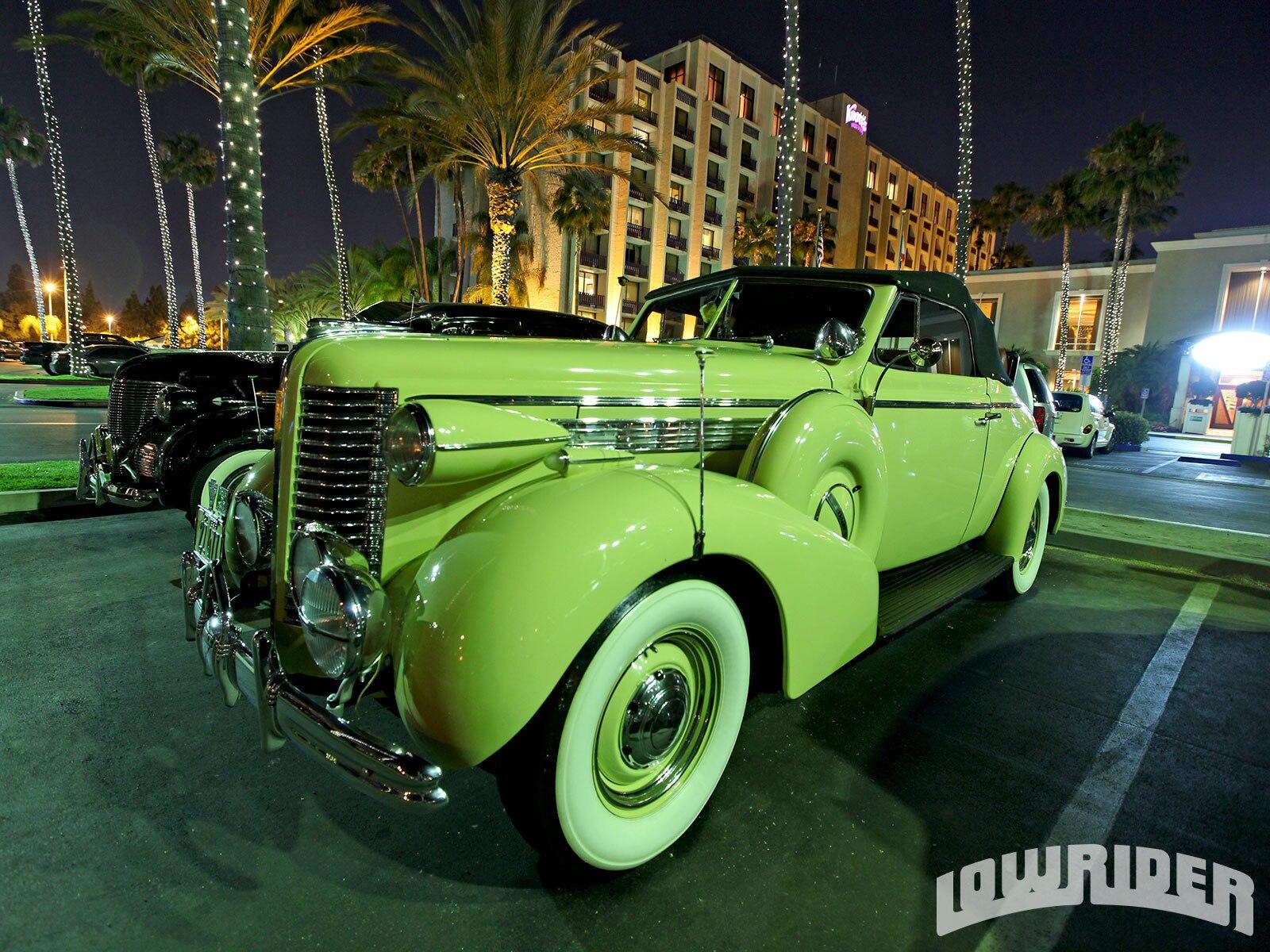 dukes-50th-anniversary-custom-lowrider-11