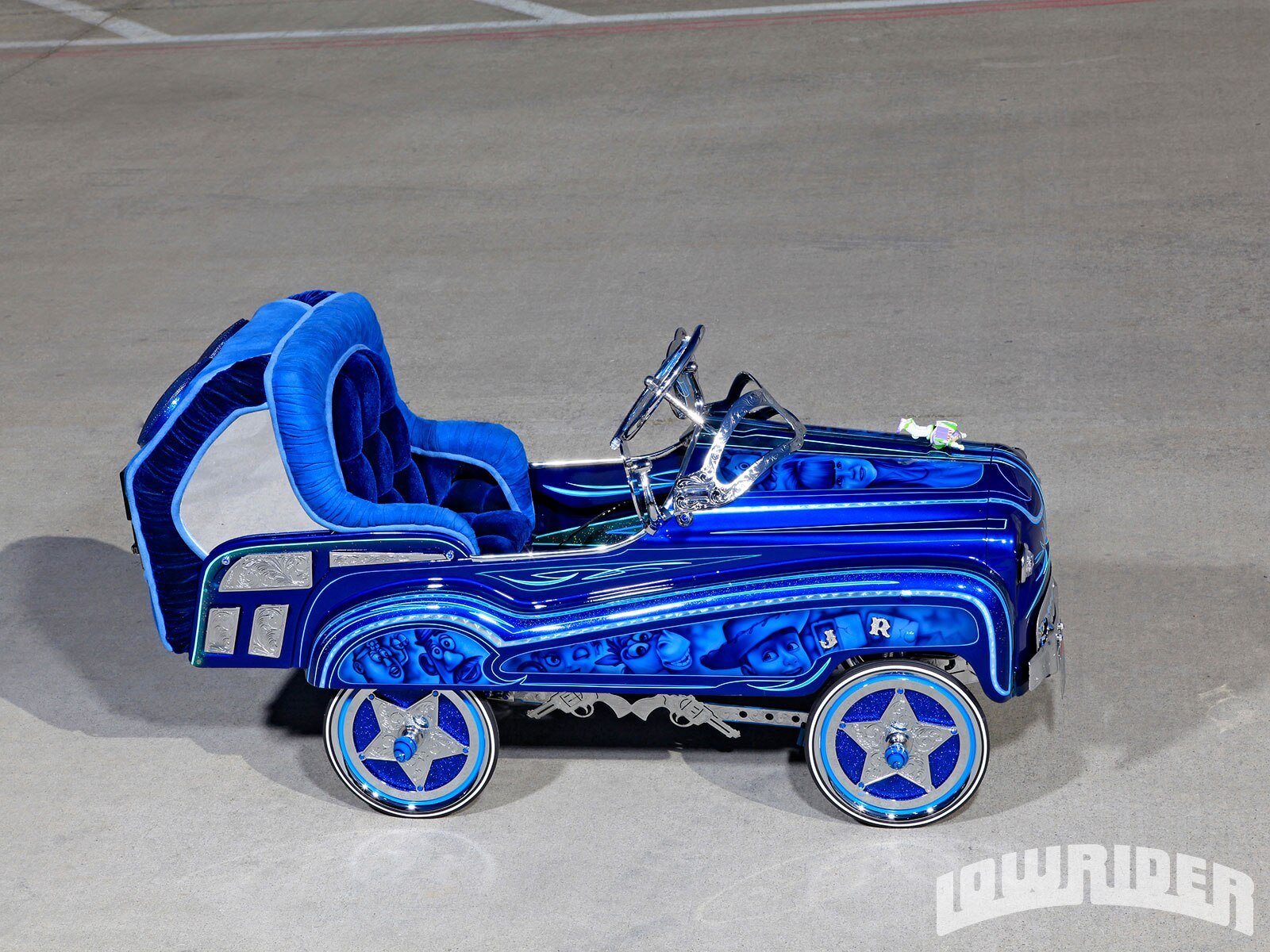 custom-lowrider-pedal-car-right-side-view1