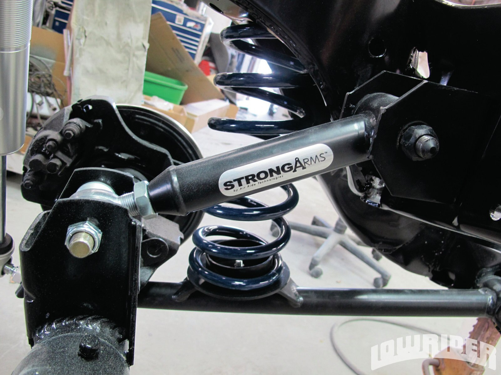 <strong>6</strong>. When ordering your kit, you need to know if it is a 2-arm kit or if it is a single. Since this was a Super Sport, it came with an additional arm for better traction.