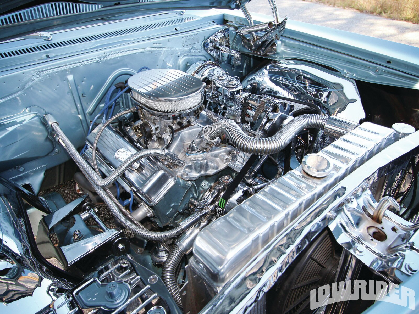 the differences between chevrolet small block v8 engine and a ford small block v8 engine The small-block ford was produced in two foundries and engine  although  these engines are virtually identical externally, there are differences that   pressure from increasing displacements at chevrolet, pontiac, and.