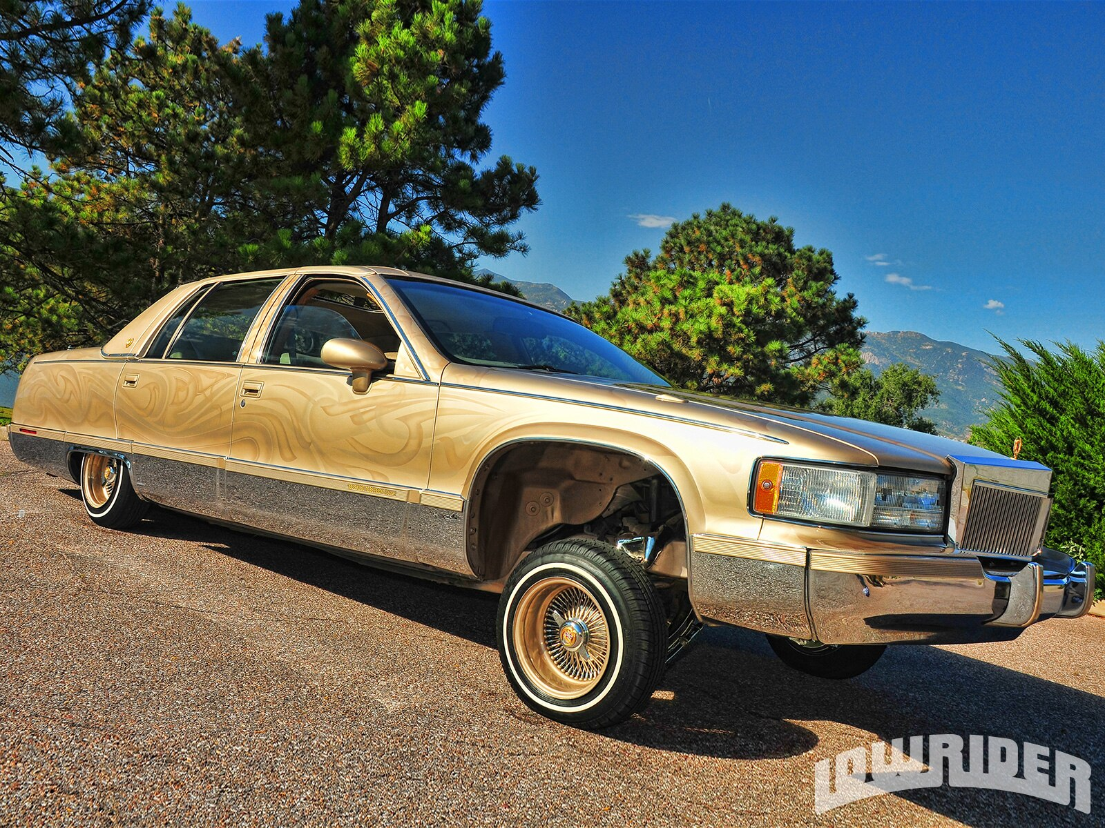 1993-cadillac-fleetwood-right-side-view1
