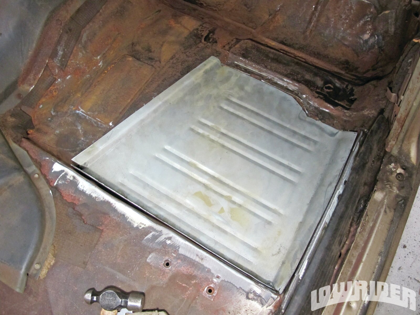 <strong>23</strong>. The floor was all test fitted before it was welded on.