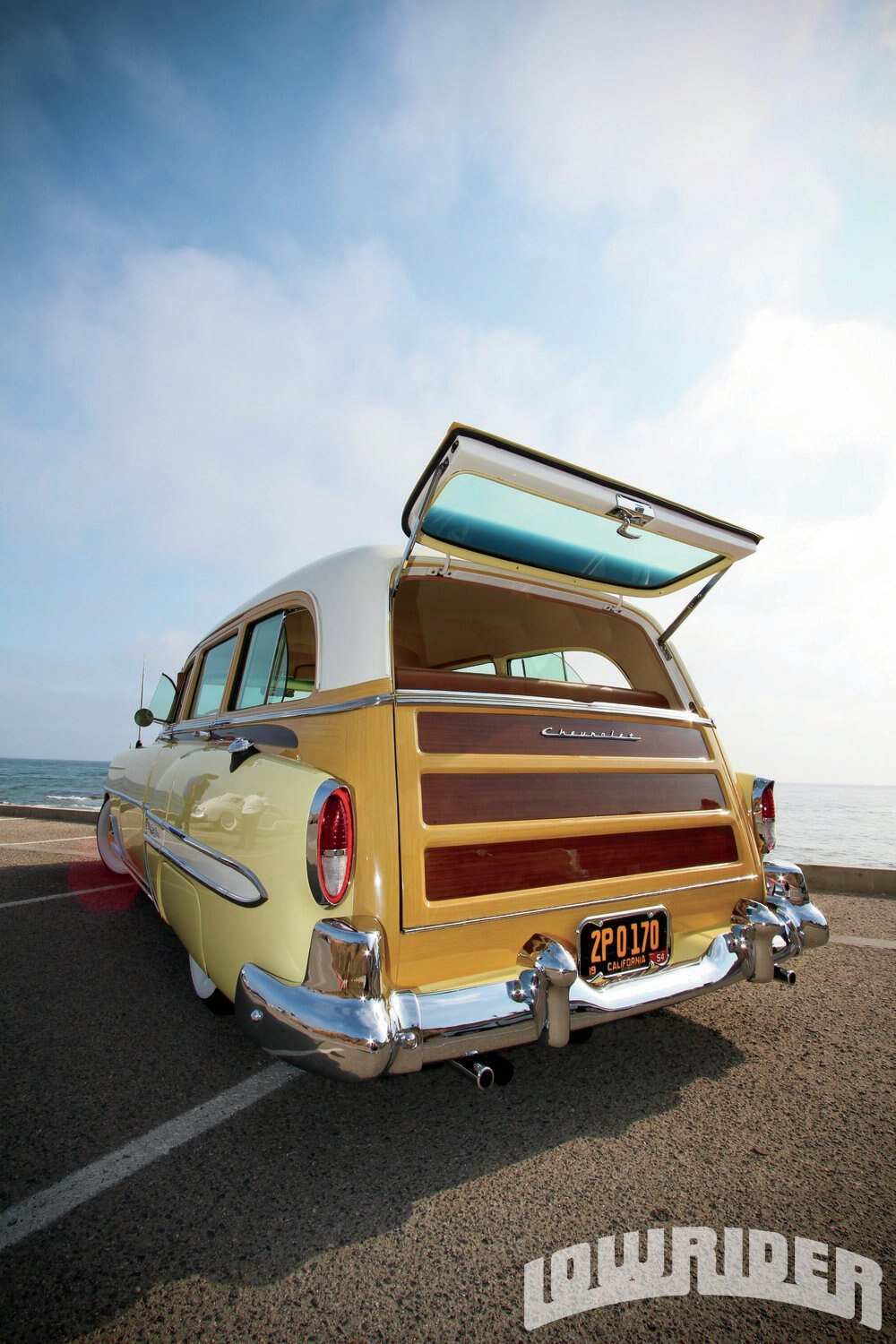 Cars With 3 Rows Of Seats >> 1954 Chevrolet Wagon - Lowrider Magazine