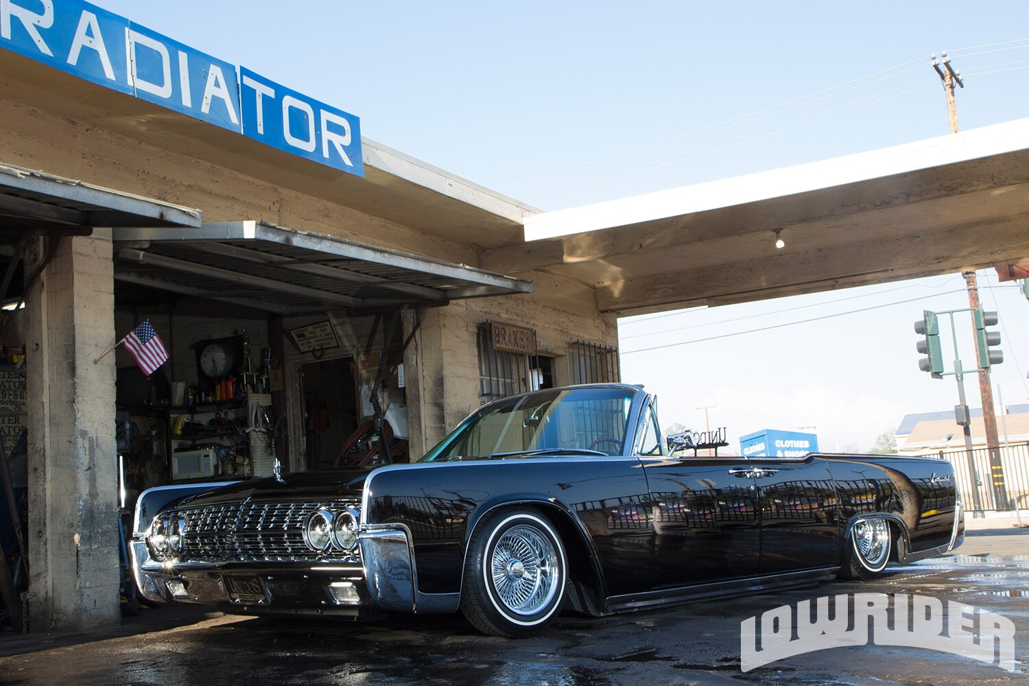 1962-lincoln-continental-convertible-front-left-side-view1