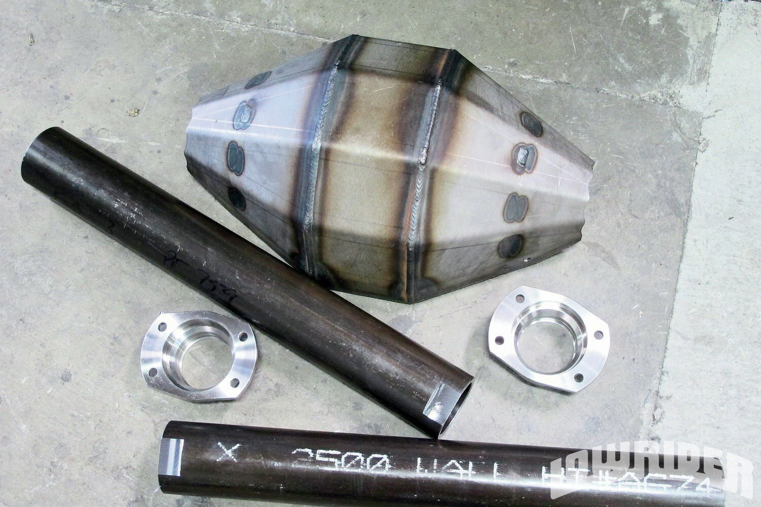 <strong>1</strong>. The rear end housing and parts were pre cut to our needs.