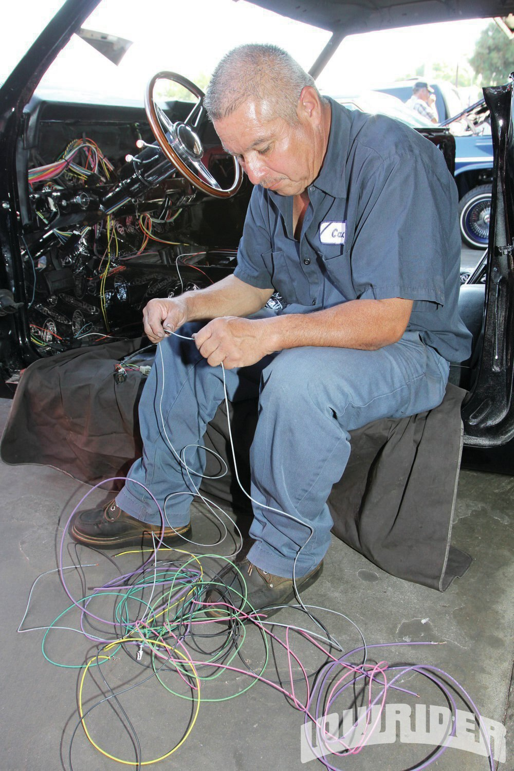 <strong>27</strong>. This process of the wiring was done throughout the car.