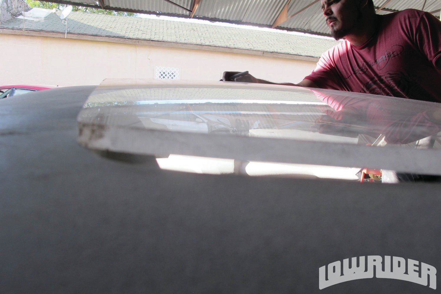 <strong>6</strong>. The new acrylic glass is 3/8-inch thick, and should work well on the roof, once it is fitted properly.