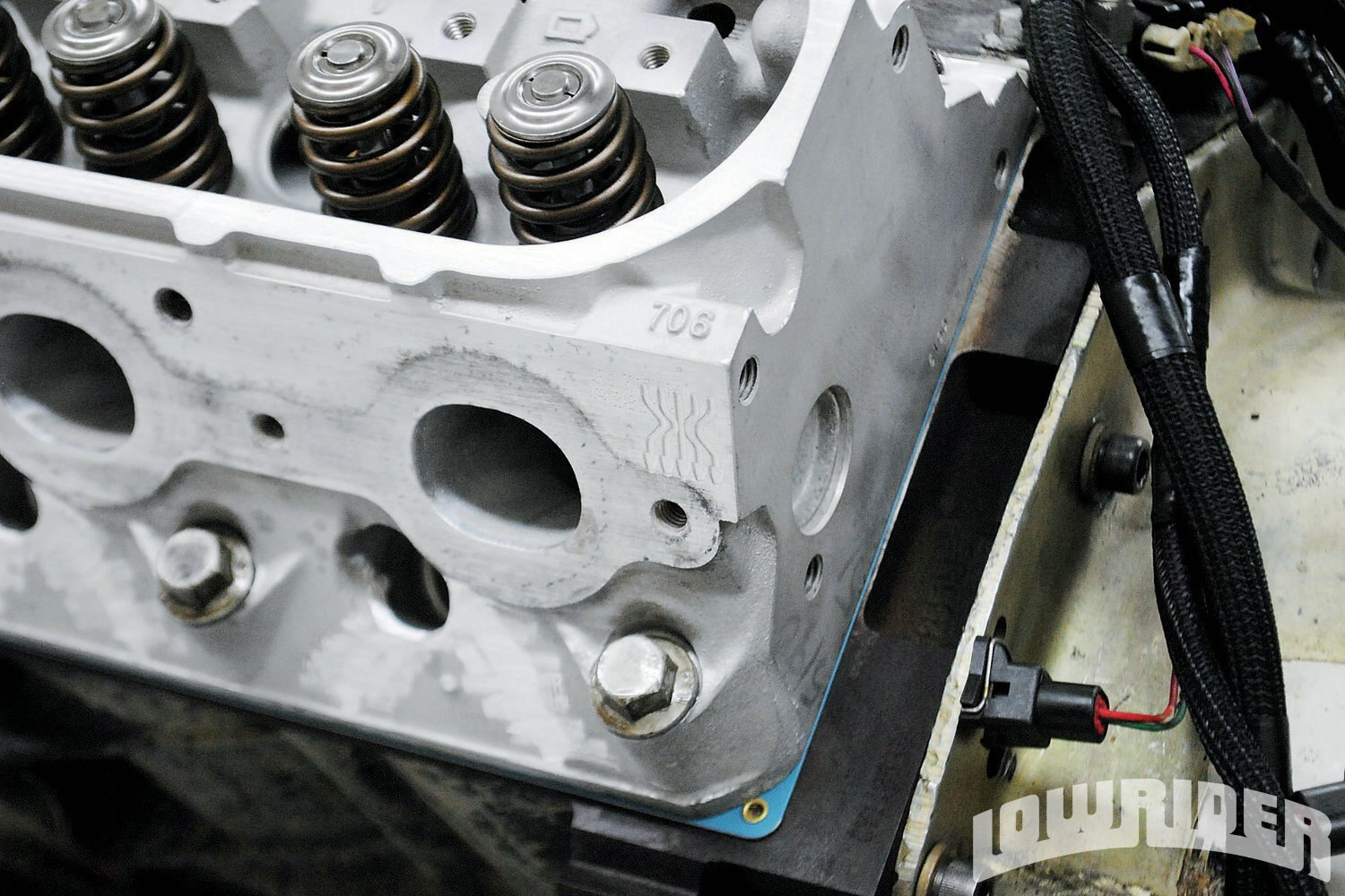 <strong>6</strong>. Though the 4.8L and 5.3L shared the same heads, we shipped out a set of 706 head castings to Total Engine Airflow for porting. The TEA heads offered serious flow improvements over the stock castings and were enough to support 600-plus hp.