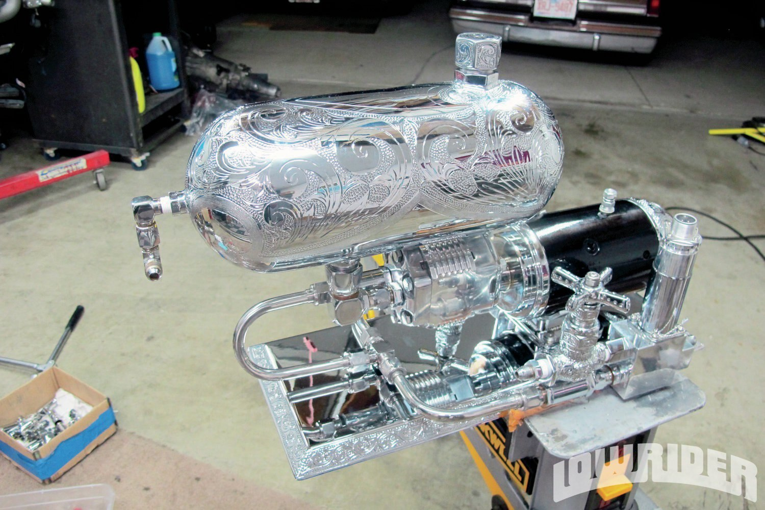<strong>24</strong>. The new old school billet hydraulic pump started to take shape.