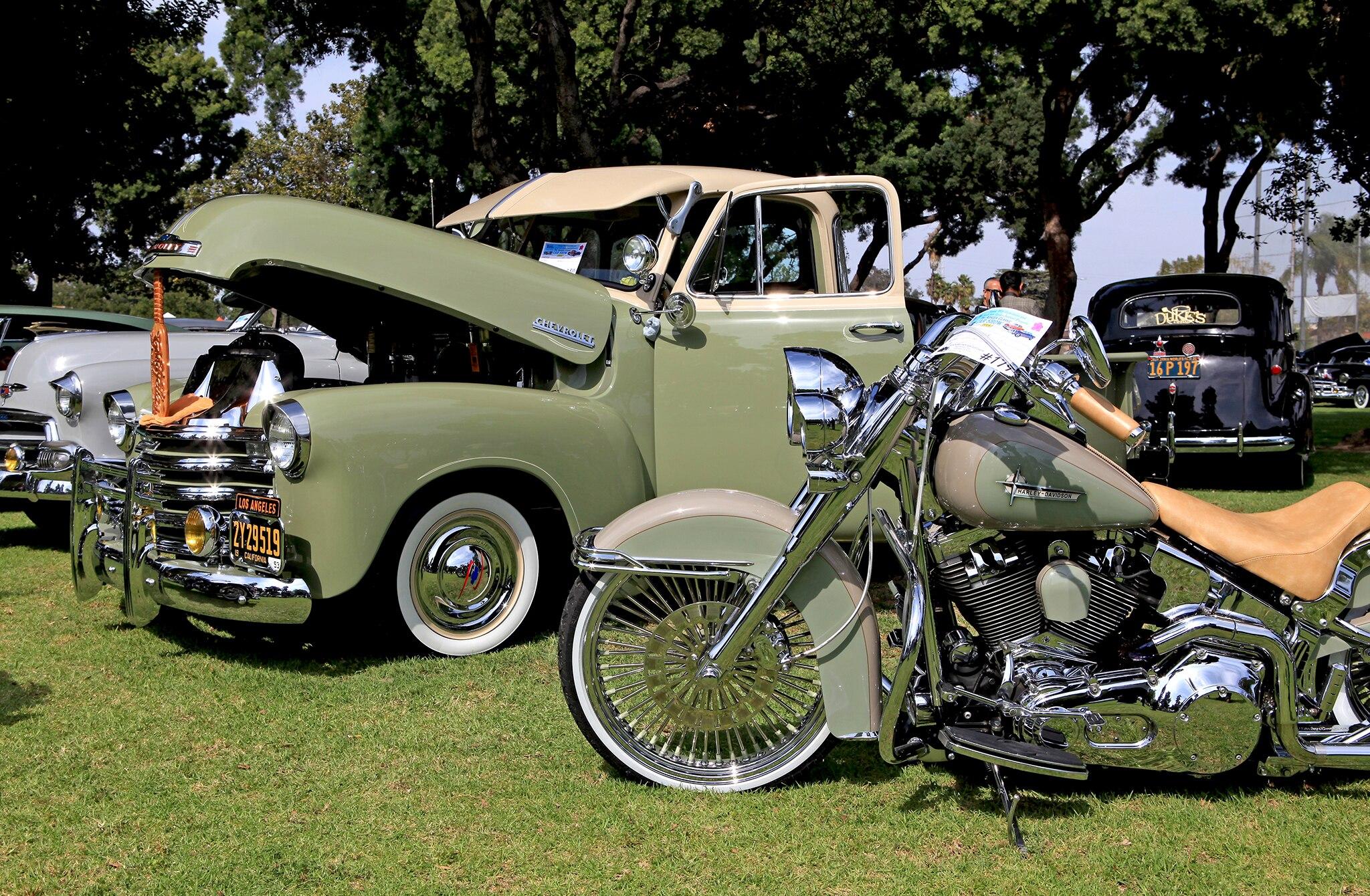 Azalea Classic Car Show