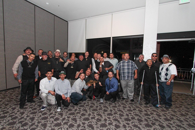 thee-artistics-car-club-35th-anniversary-group-photo-promo