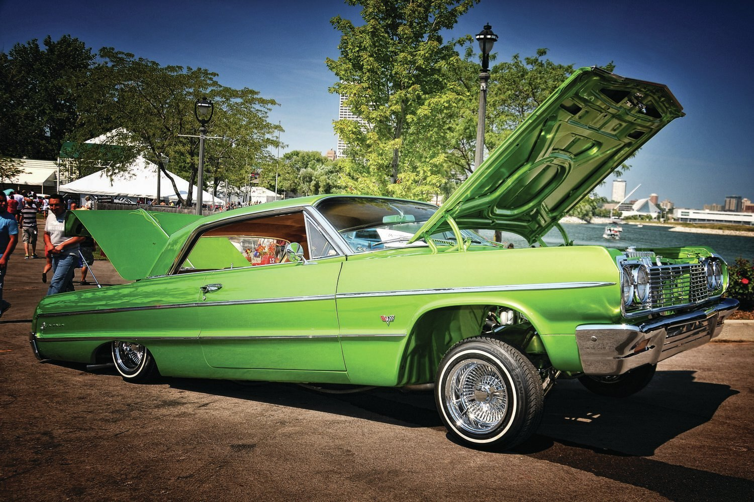 milwaukee-mexican-fiesta-2013-lime-green-chevrolet-impala1
