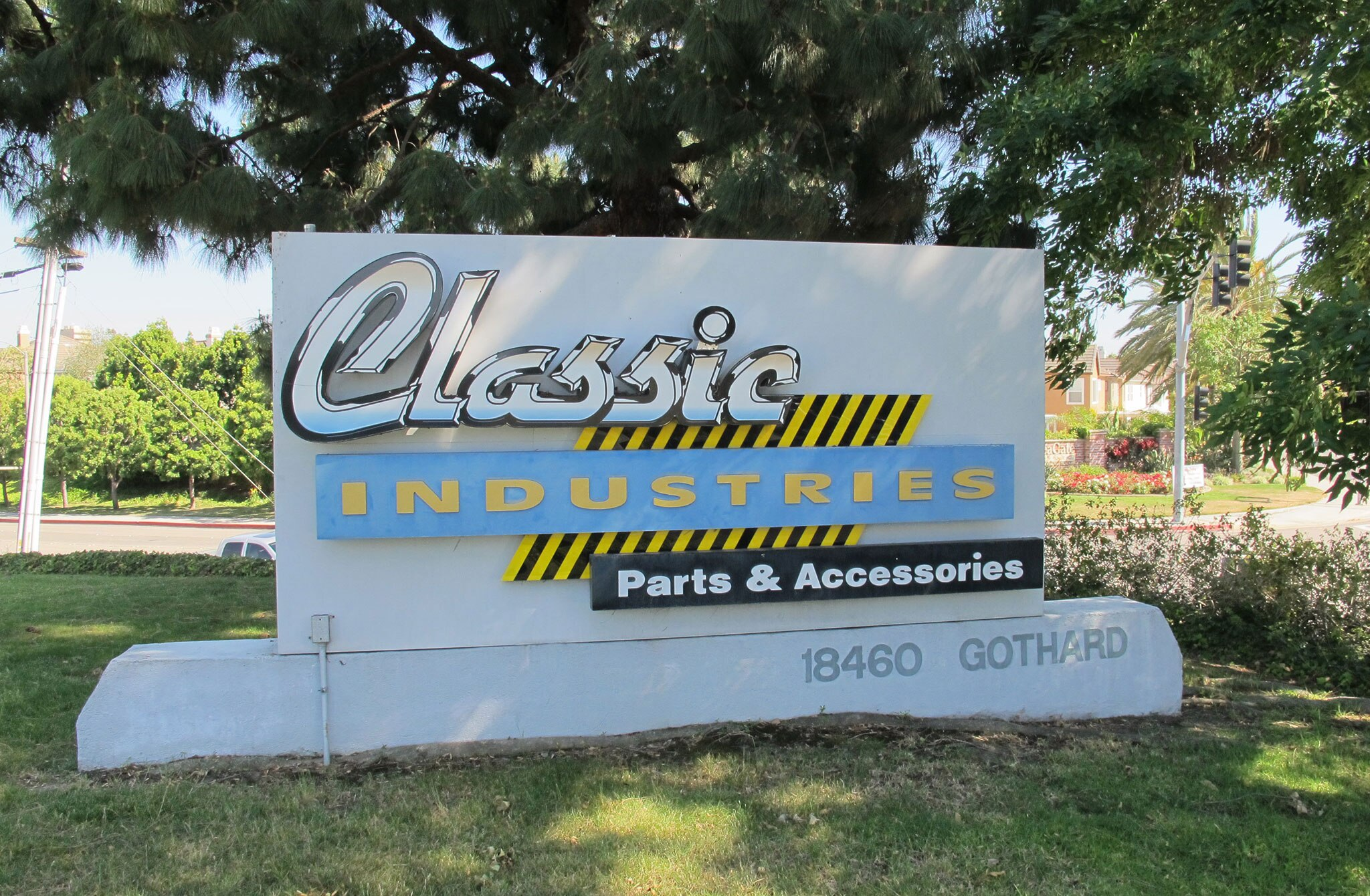 classic-industries-sign-011