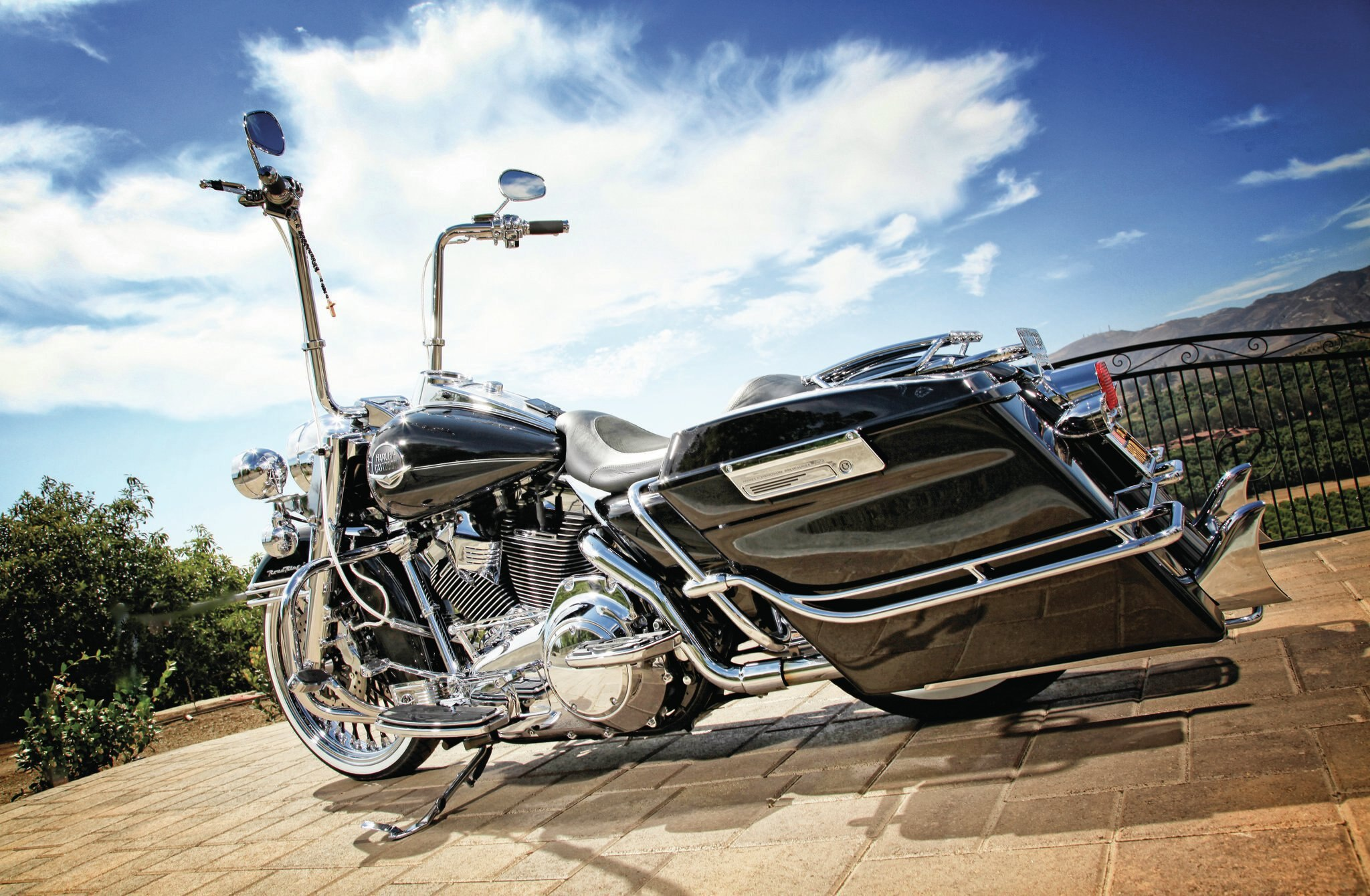 2008-harley-davidson-road-king-classic-bad-dads-extended-hard-bags-031