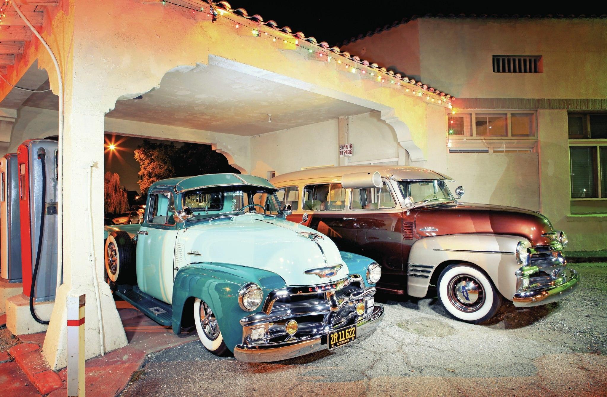 1954-chevrolet-stepside-3100-1954-chevrolet-suburban-011