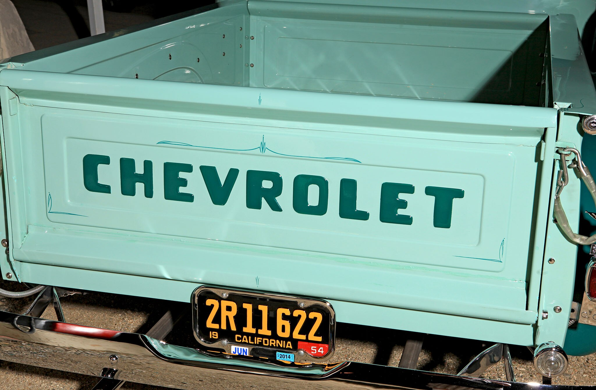 Little Trivia Question The 1947 Present Chevrolet Gmc Truck Old Chevy Tailgates Mean While Ford Probably Did Slight Changes Every 2 Years So Nothing Would Interchange