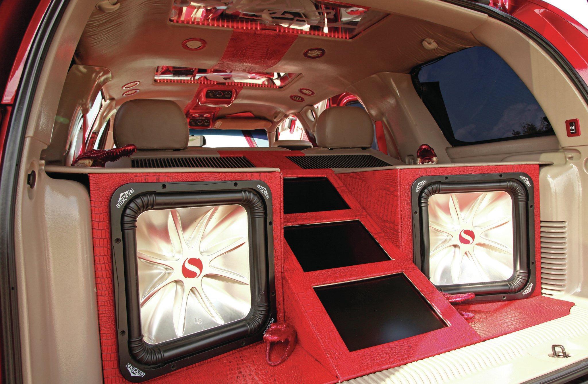 2014 tahoe texas autos weblog for 04 silverado door speakers