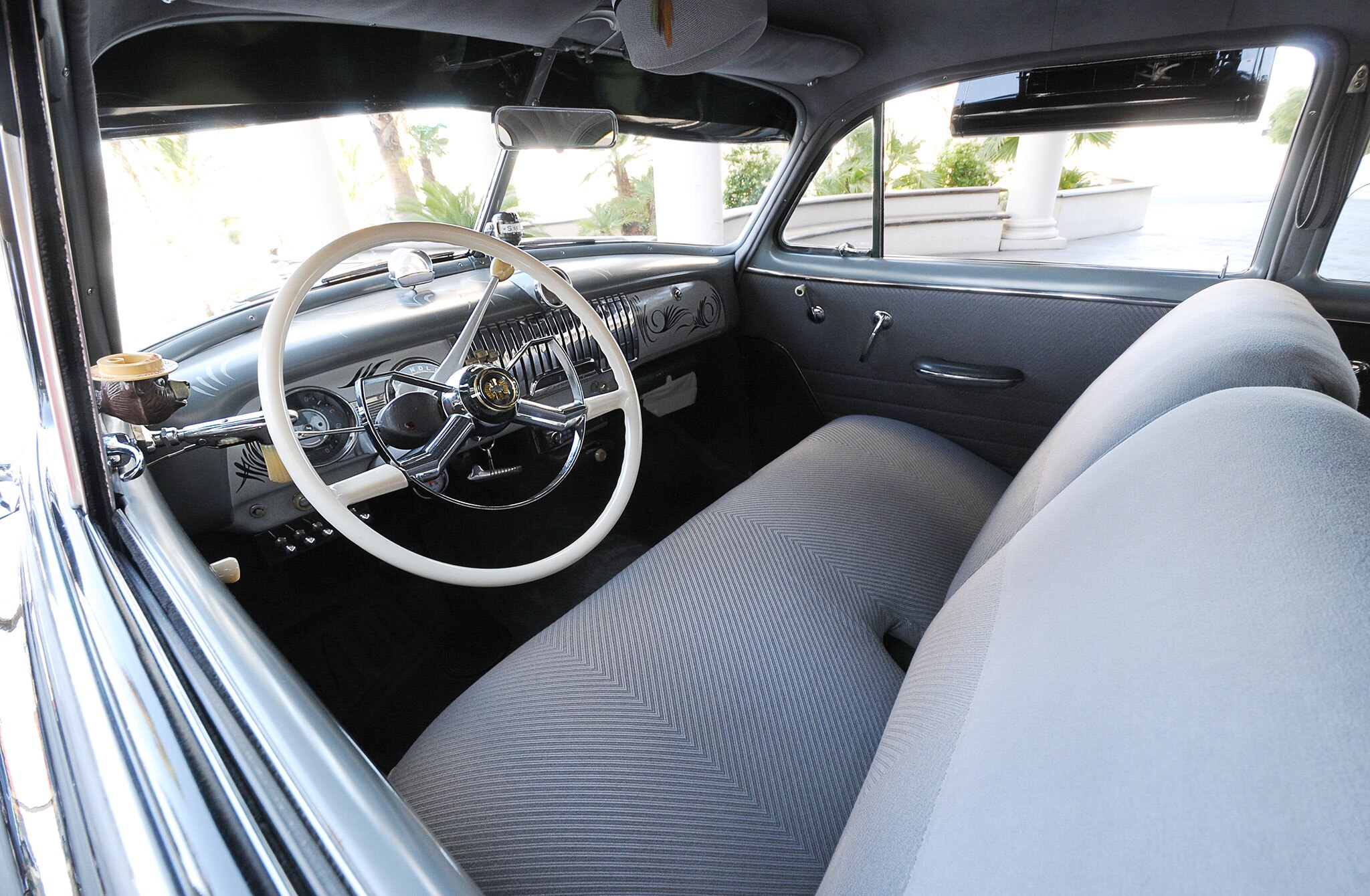 Chevrolet Deluxe Interior on 1985 Buick Regal