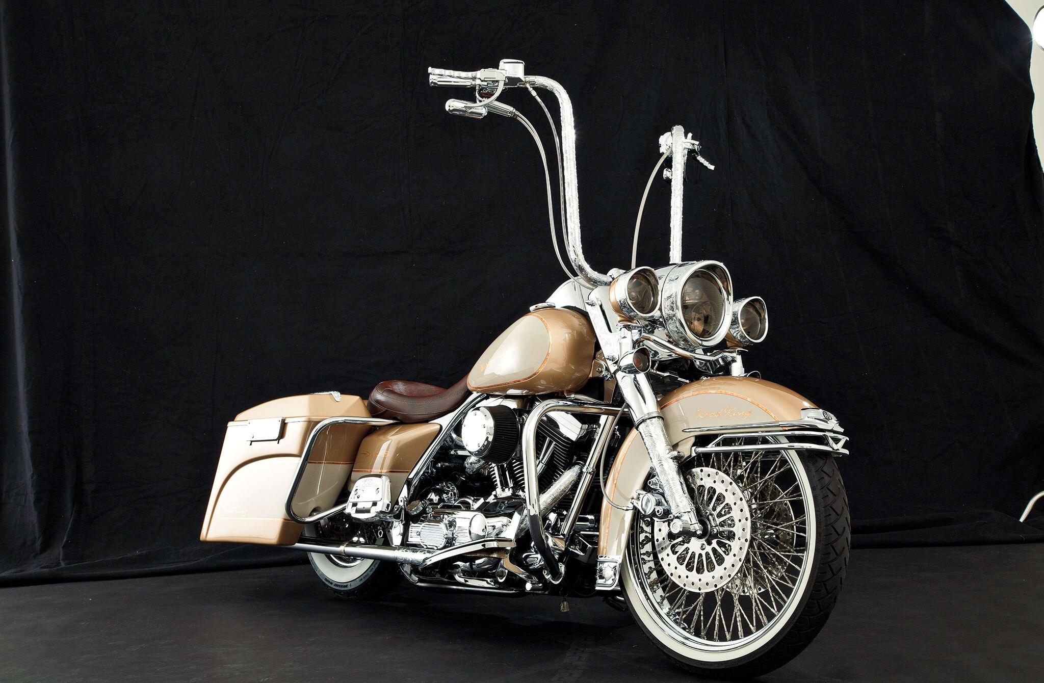 1997 Harley Davidson Road King Life Slow Lane Lowrider 12