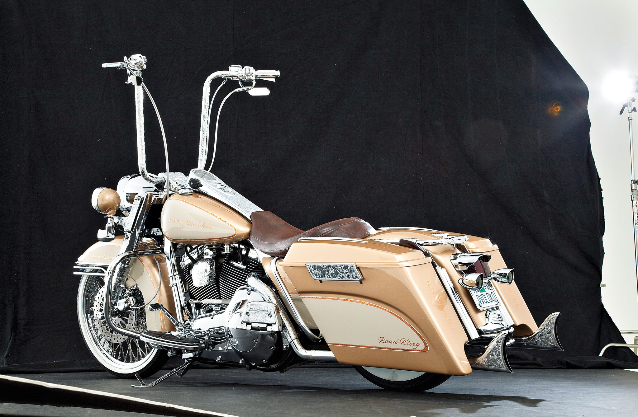 1997-harley-davidson-road-king-side-view-15