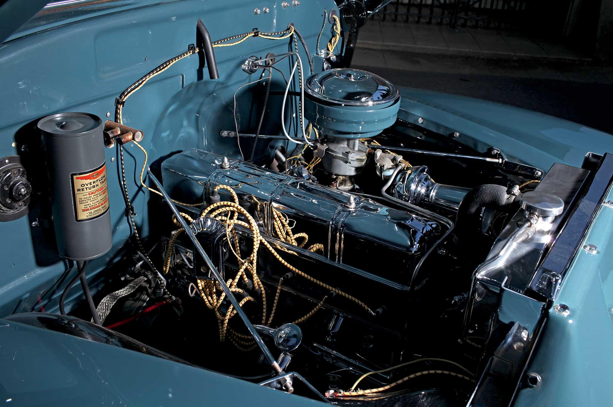 1949-chevrolet-pickup-chevy-six-cylinder-engine