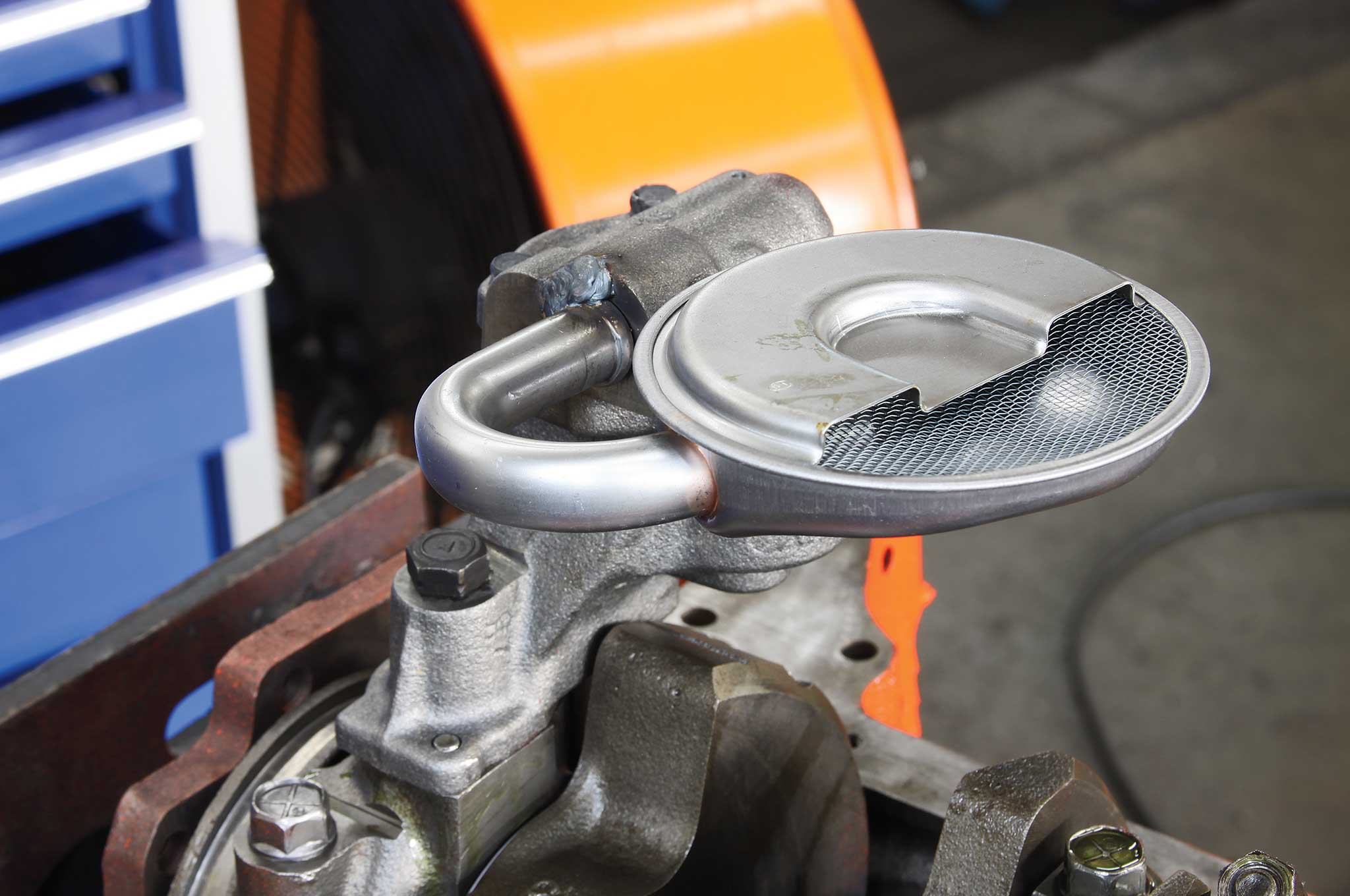 rebuilding-a-small-block-on-a-budget-sumit-oil-pump