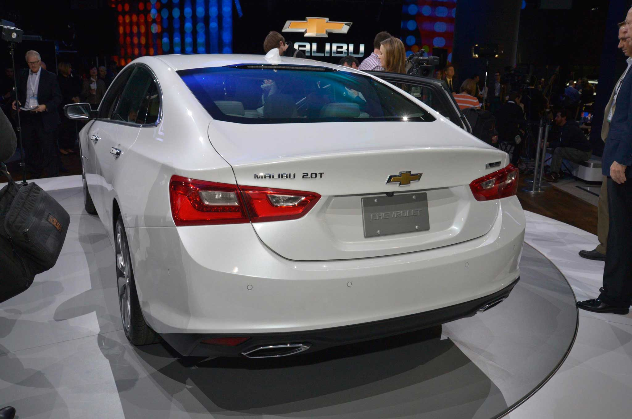 2016 Chevrolet Malibu Review - Dippin' in the Boo - Lowrider