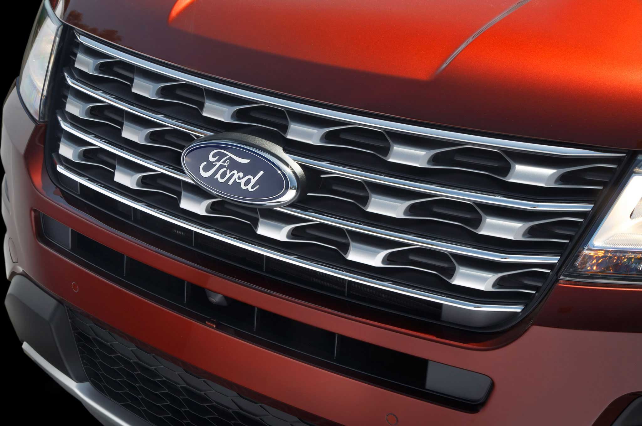 2016-ford-explorer-front-grill