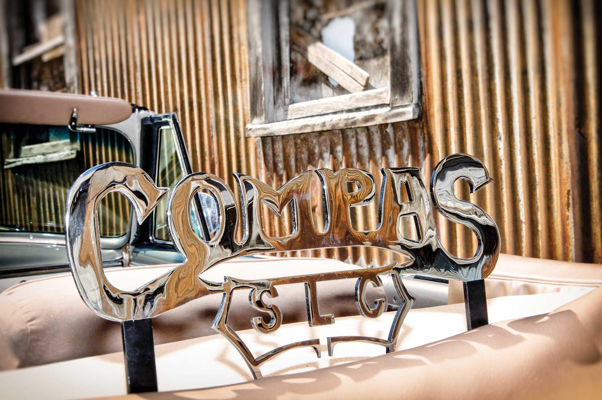 1949 chevrolet convertible compas club plaque 004