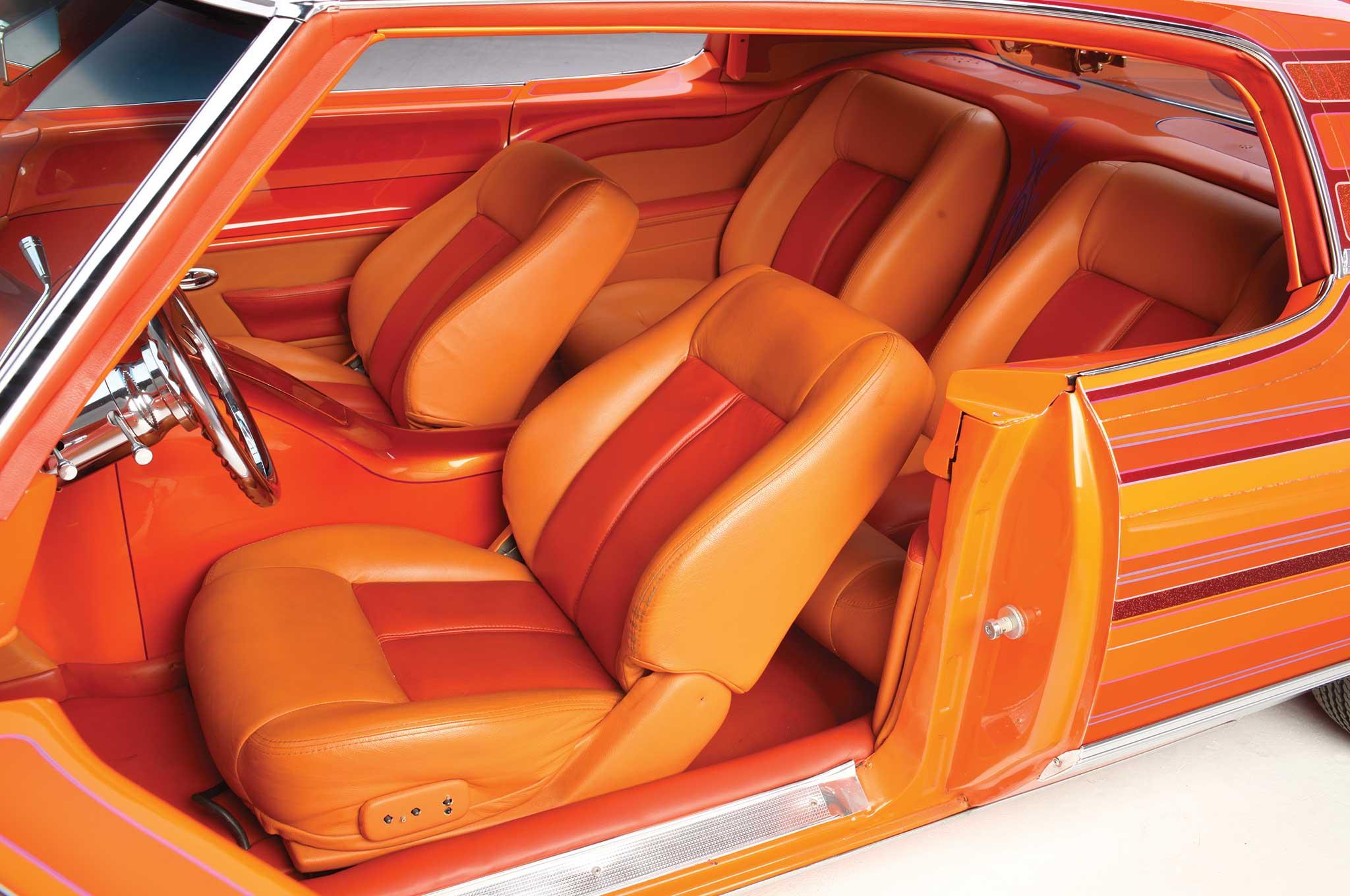 1972 chevy caprice infiniti front seats 004