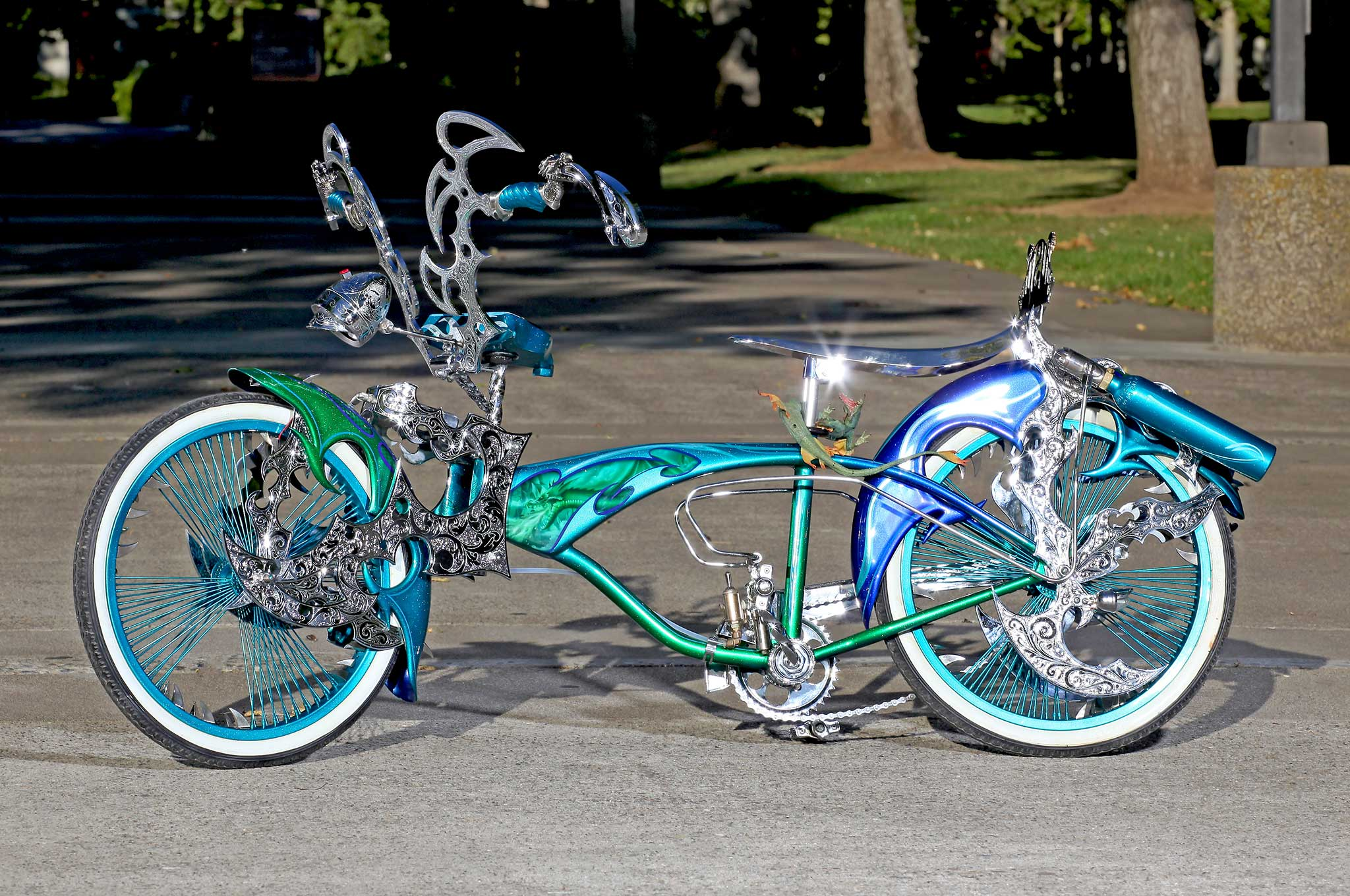 2000-aztlan-bike-side-view-014.jpg