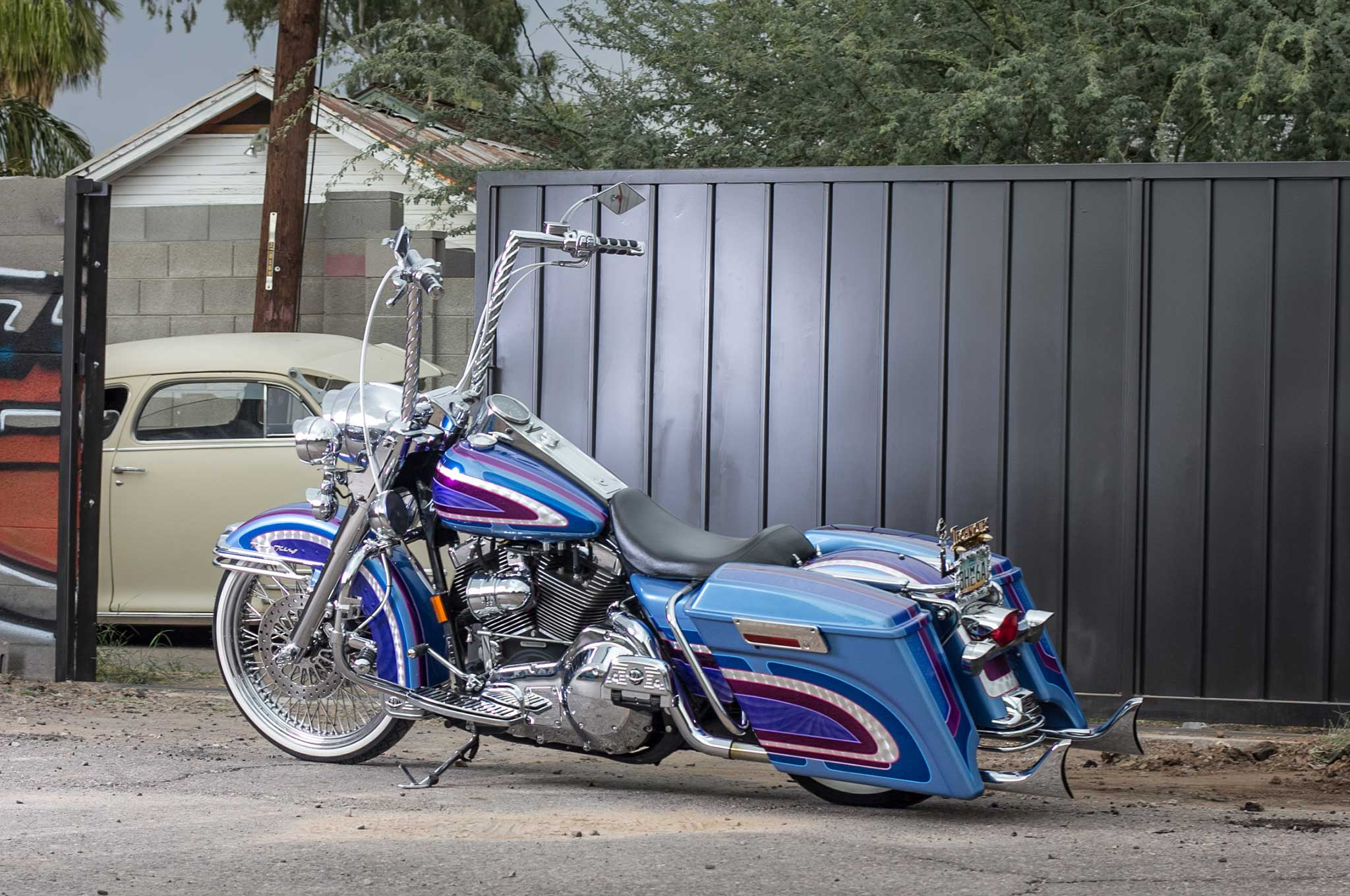 2001 Harley Davidson Road King Side View 008 Lowrider Pictures
