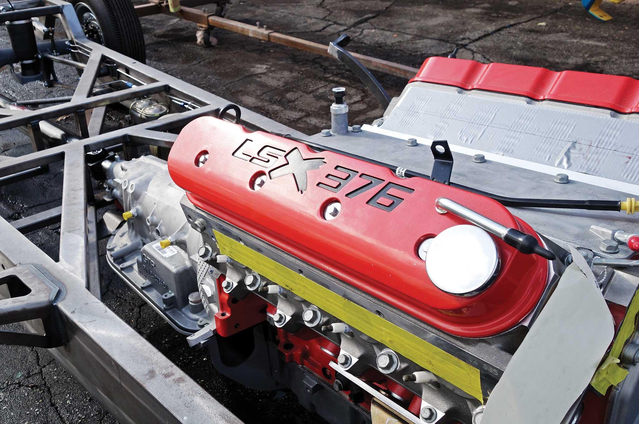 54 bomb truck drivetrain install lsx376 b15 race motor 003