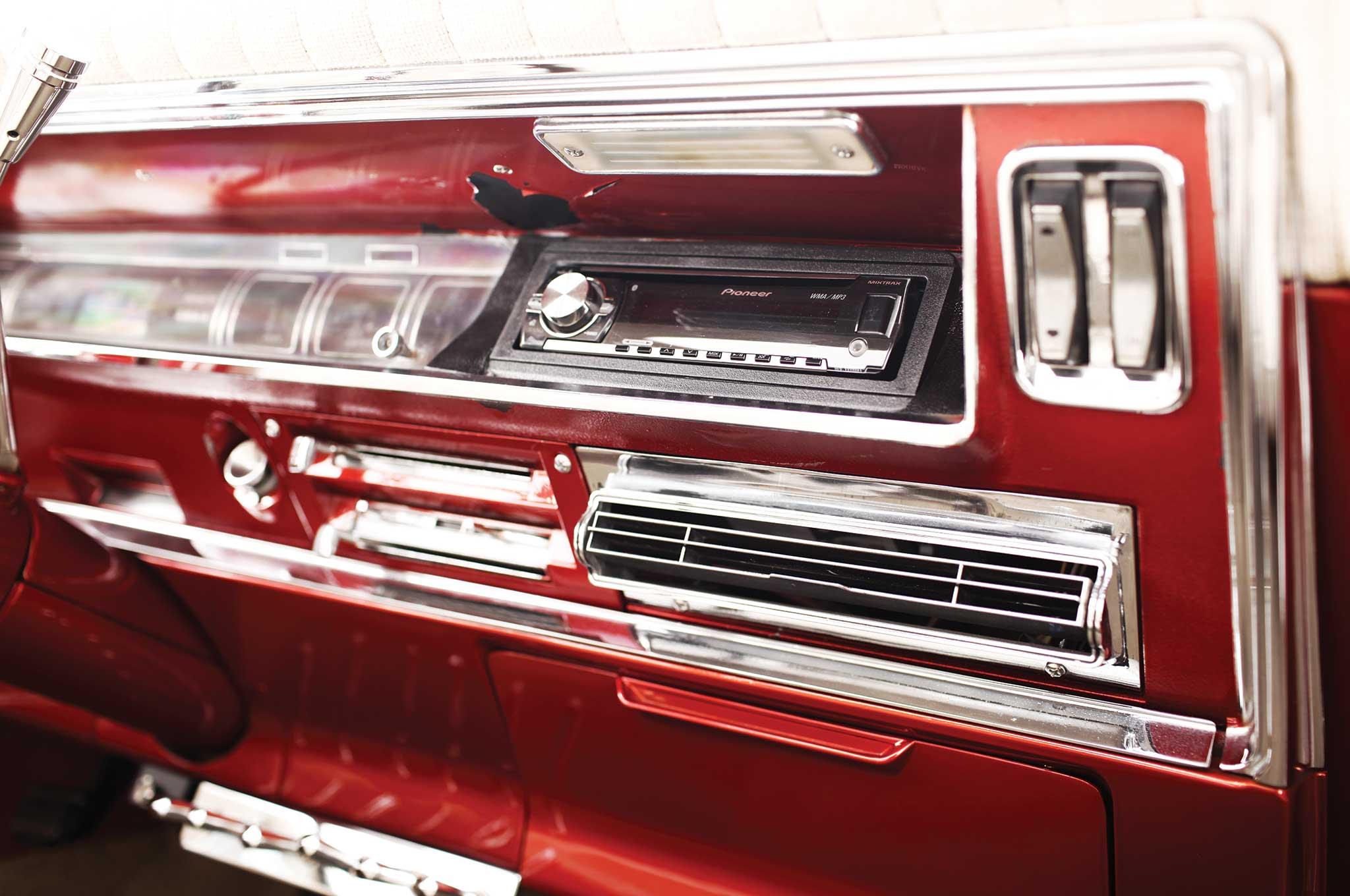 1967 buick riviera center console 007