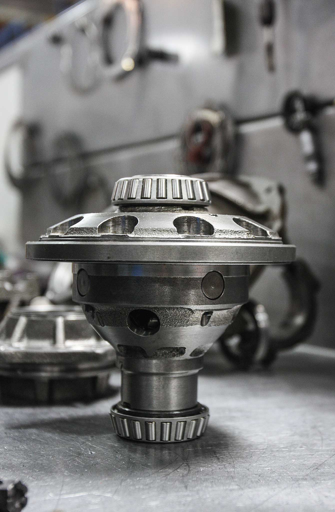 currie enterprises rear axles tapered bearing pressing 012