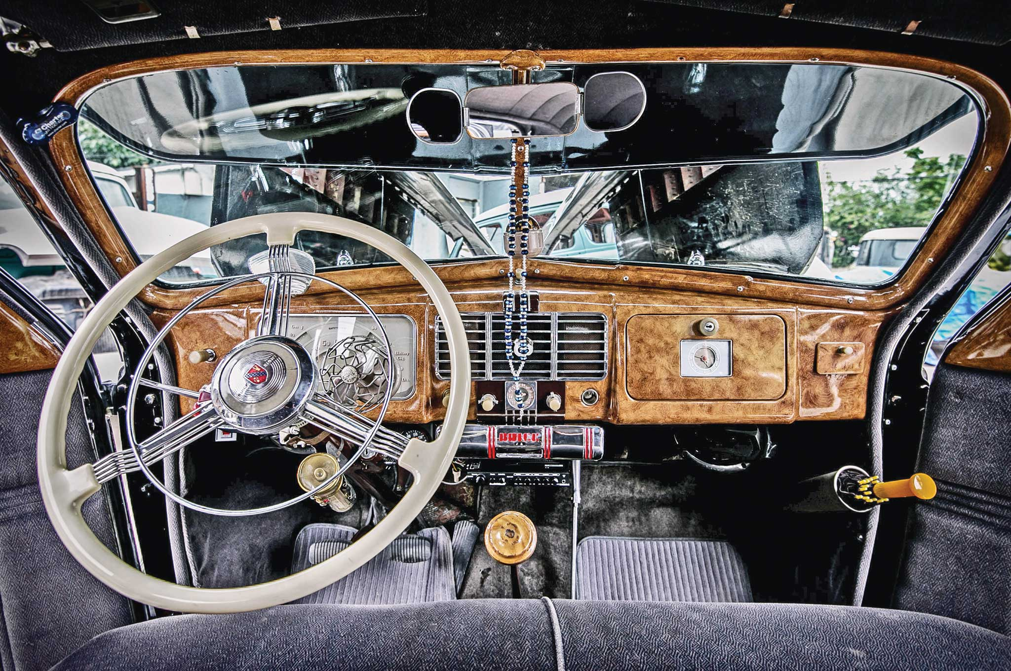 1937 buick special woodgrain dashboard 002