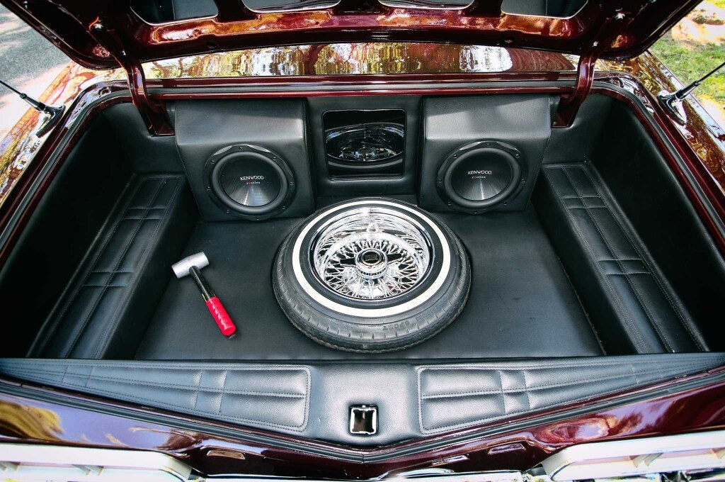 1967 chevrolet impala convertible trunk 013