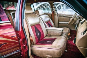 2000 lincoln town car highclass rolling on highclass lowrider. Black Bedroom Furniture Sets. Home Design Ideas