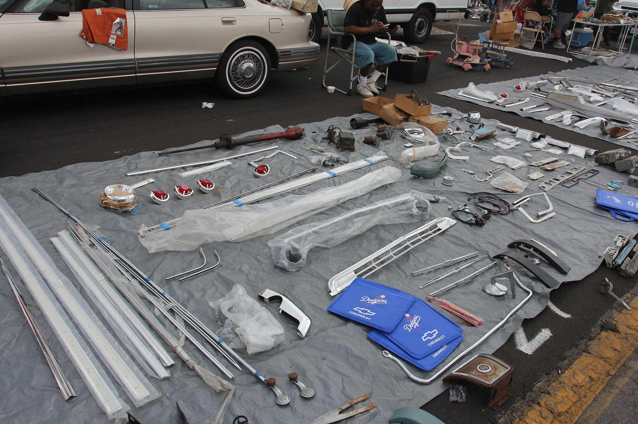 Pomona Swap Meet And Classic Car Show Trim Accessories 019 Lowrider