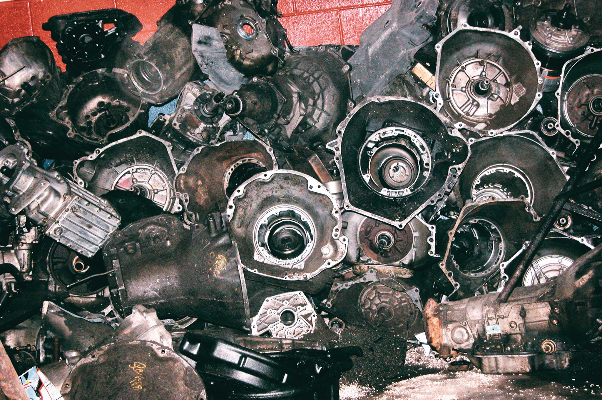 questions and misconceptions about automatic transmissions transmission casings 001