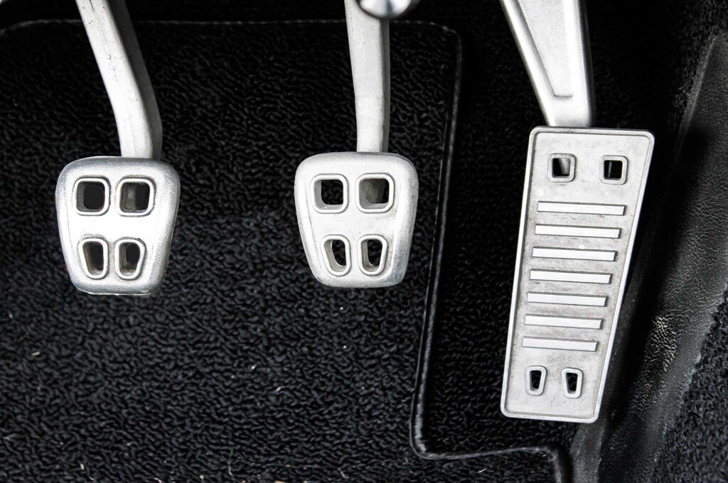 10 things to plan for when converting to efi accelerator pedal 003