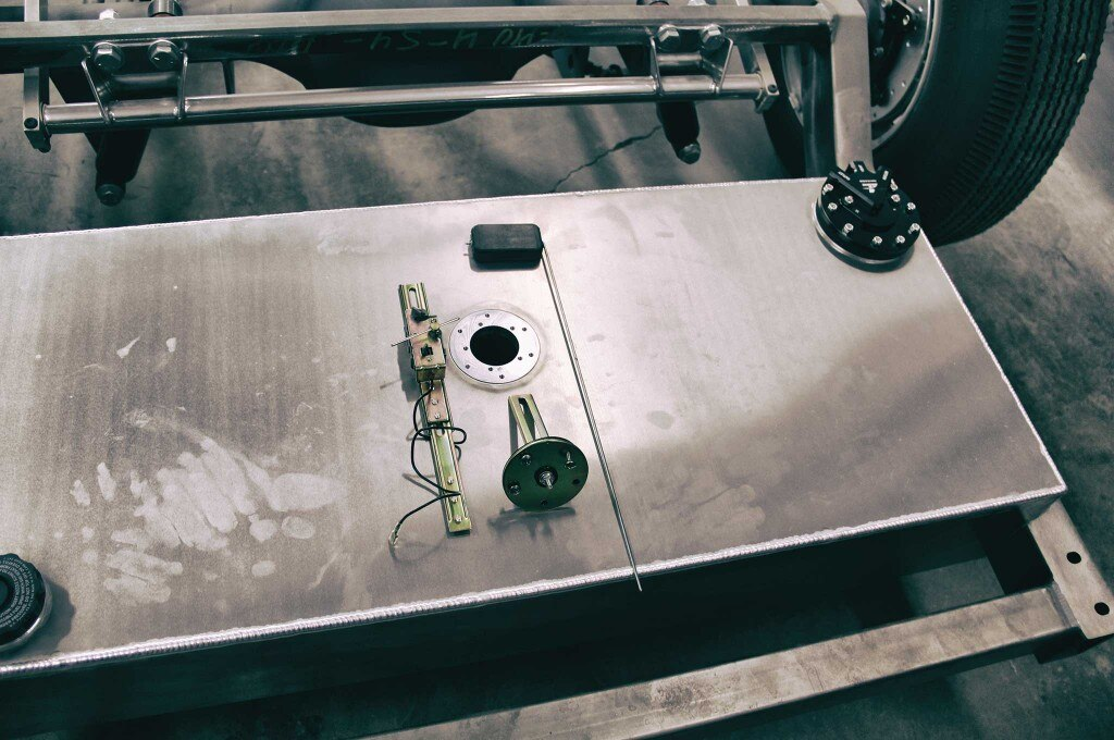 10 things to plan for when converting to efi fuel return line 009
