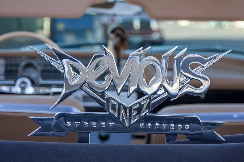 1963 chevrolet impala convertible devious onez street hoppers emblem