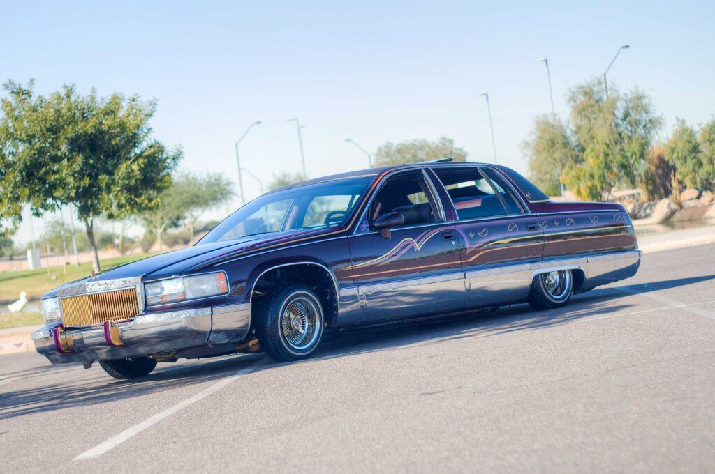 1993 cadillac fleetwood driver side front view 015