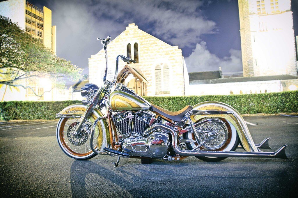 2005 harley davidson softail deluxe side view 002