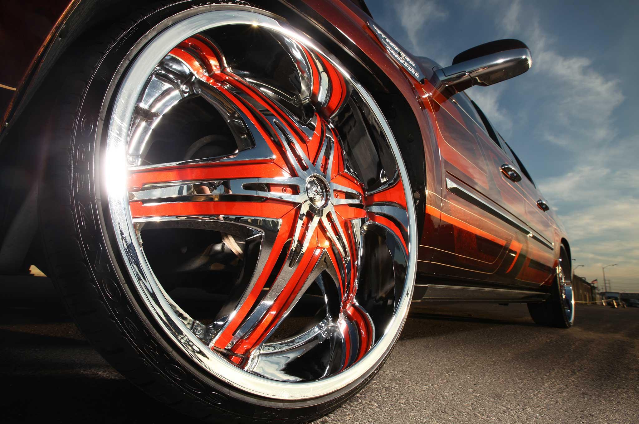 A 2008 Cadillac Escalade Ext On Diablo Wheels Lowrider