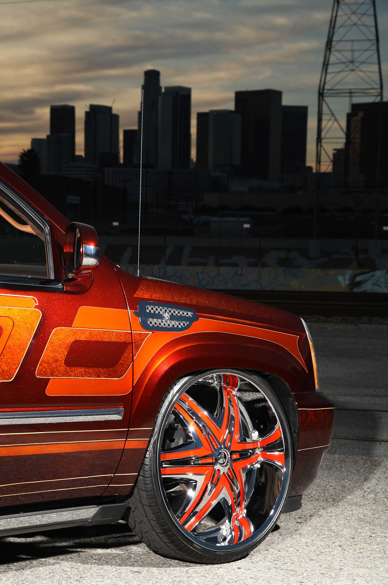 A 2008 Cadillac Escalade Ext On Diablo Wheels Lowrider