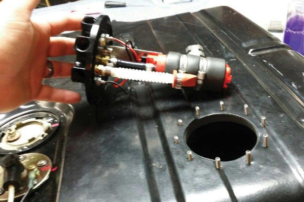 selecting fuel system components fuel pump 002