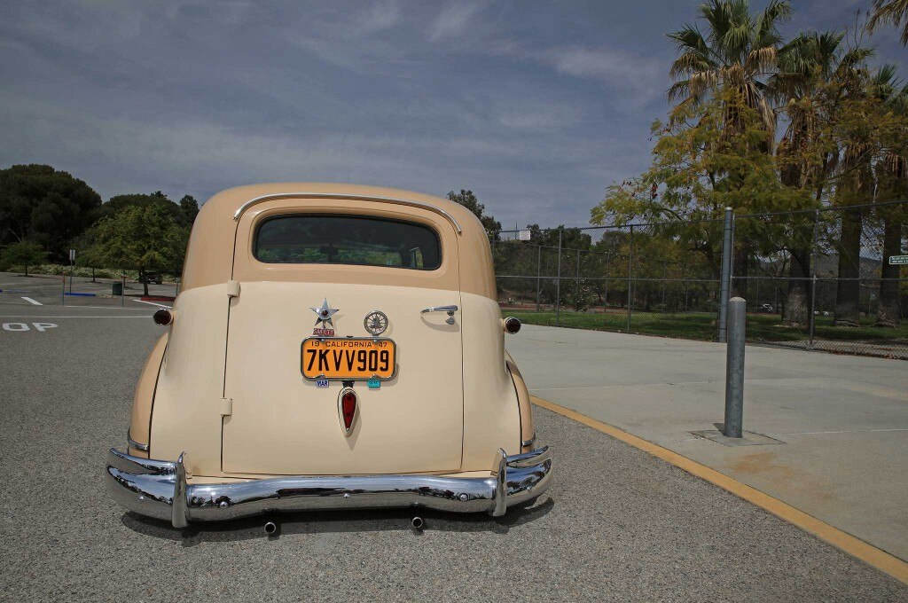 1947 chevrolet sedan delivery third light