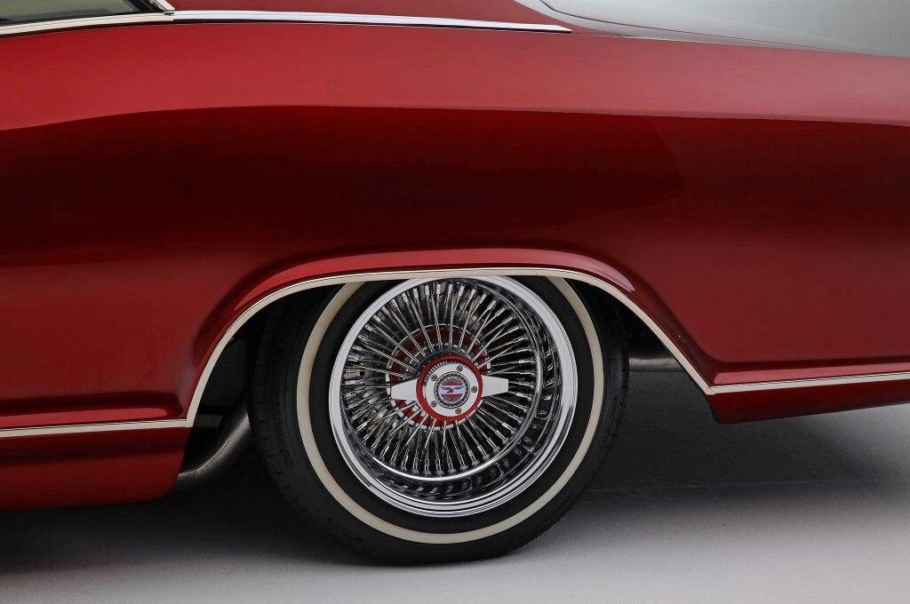 1965 buick riviera 520 sportway tires